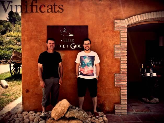 En Josep a l'esquerra i qui us escriu a la dreta, com a foto finish de la visita.